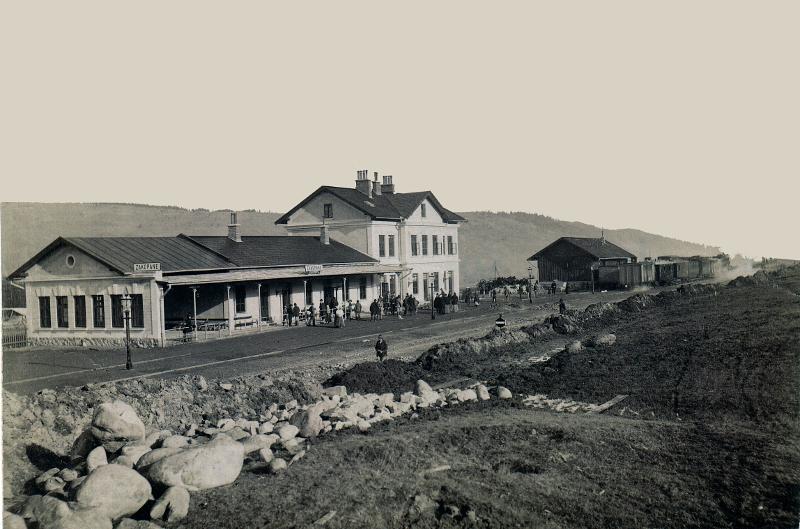 Dworzec kolejowy w Zakopanem. Fot. 1900._MT ZA