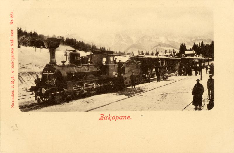 Pociąg na stacji kolejowej w Zakopanem. Pocztówka, nakład J. Ryś, ok. 1900. MT ZA