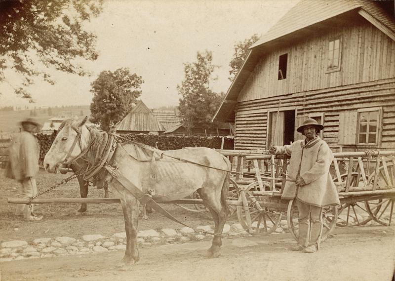 Przy karczmie na Chramcówkach. Fot. Walery Eljasz, 1894. MT ZA