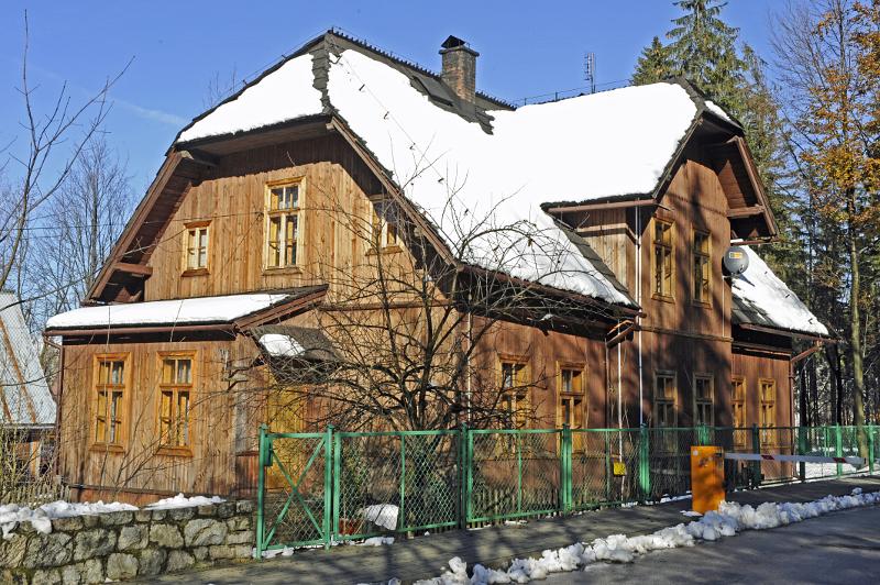 Dom dla oficjalistów